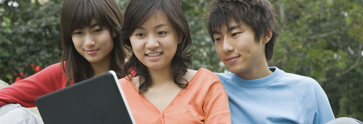 Engaging Economics Courses Keep Students Interested